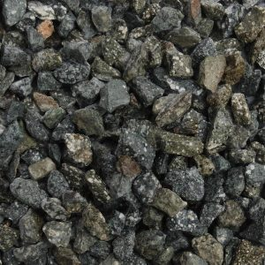 green granite chippings 14mm in size, wet