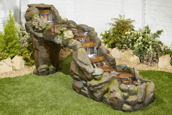 garden water features and ornamnets