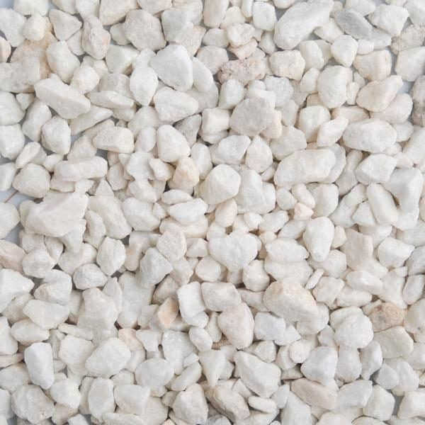 polar white chippings 11mm in size, dry