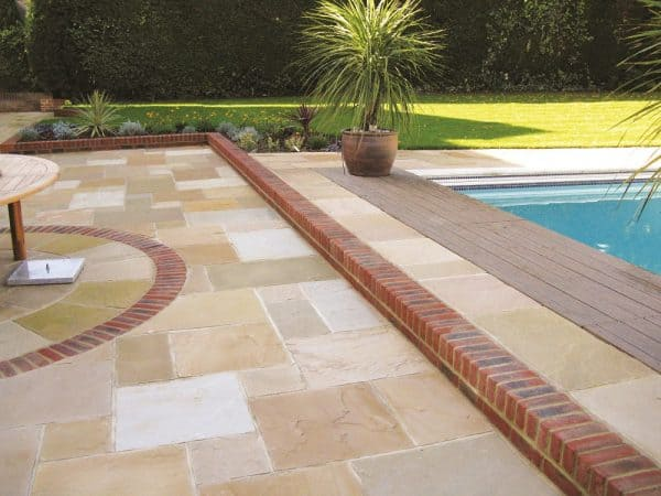 Sandstone Paving Gold Leaf Patio Pack